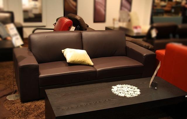 Udělejte svůj interiér modernější. Vyměňte vás starý nábytek
