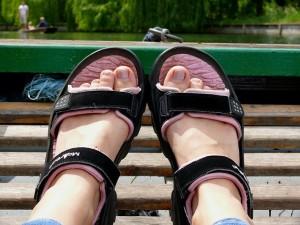 feet-15573_640