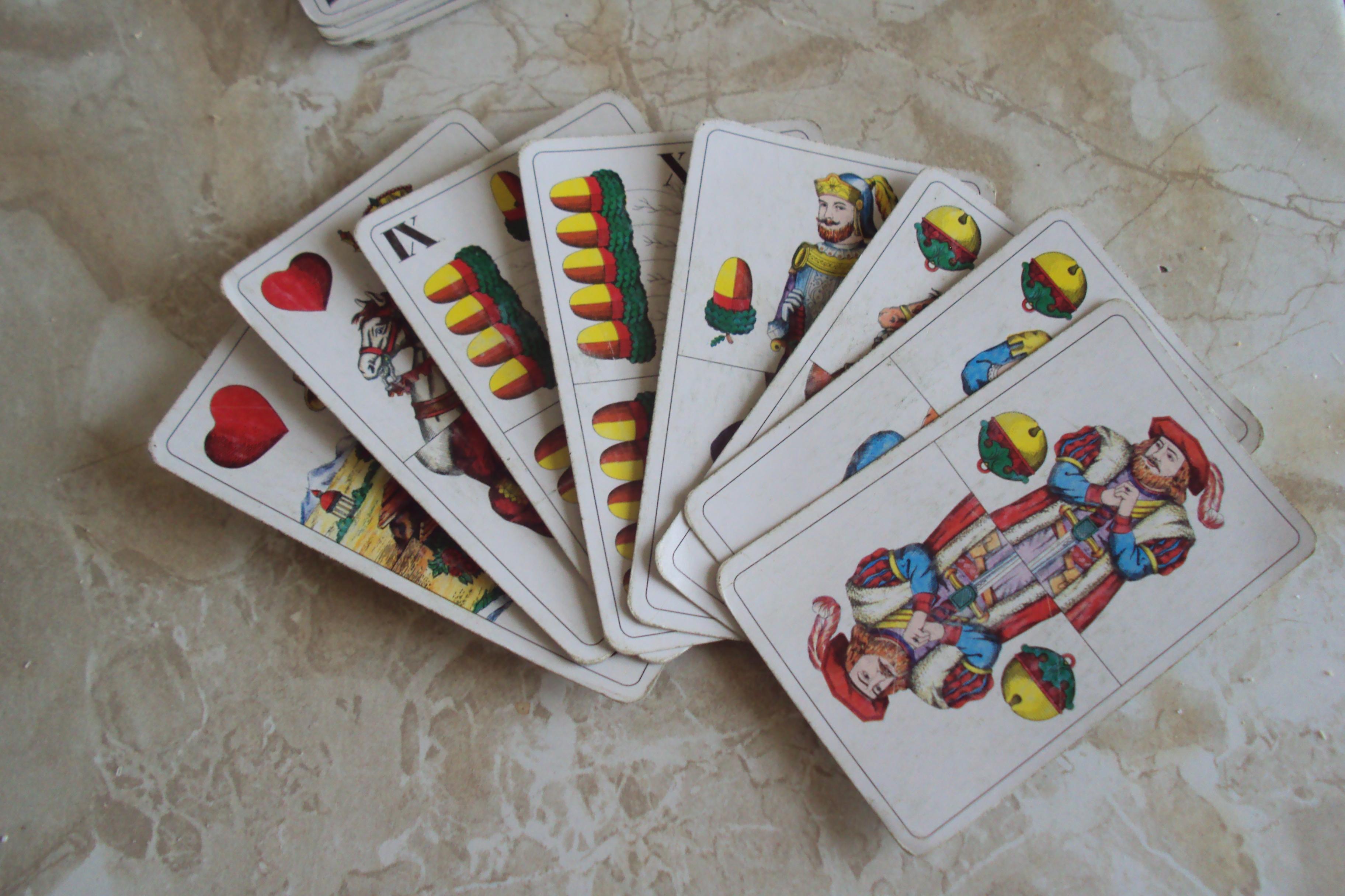 Mariášové karty