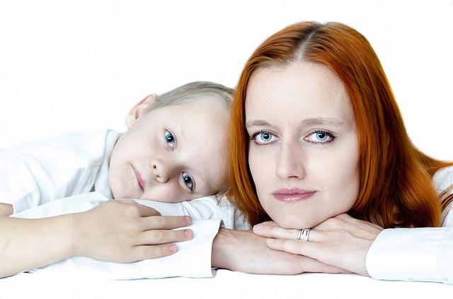 Víte, jaké příspěvky může od státu čekat maminka na mateřské?