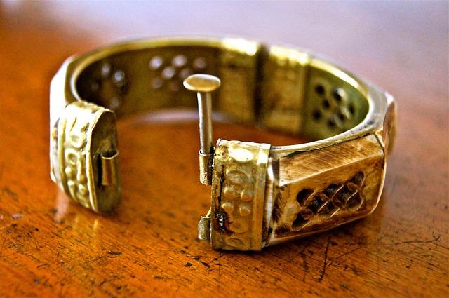 Krásné šperky pro děti i dospělé