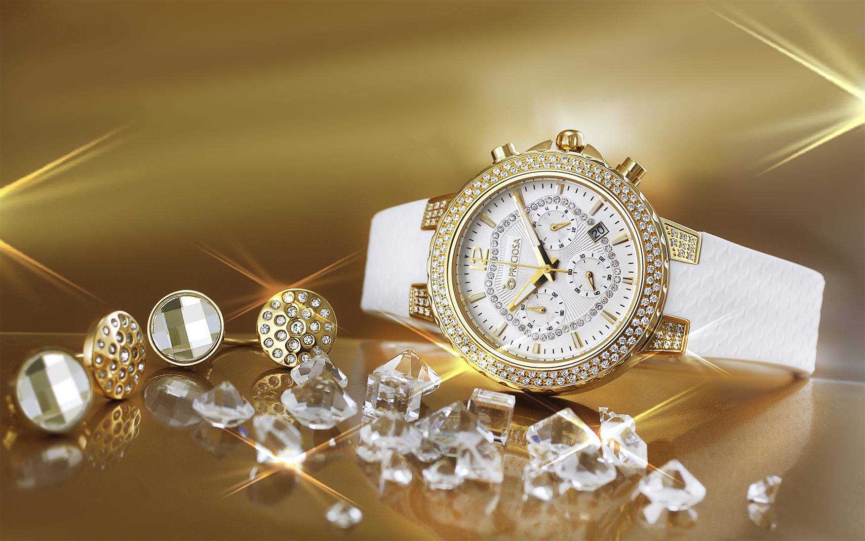 Váš vzhled dokonale oživí luxusní hodinky s křišťálem